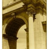 Tom Horbett - Horse and Archway