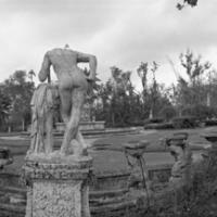 Paul Till - Vizcaya Gardens - Statue Rear View 1/5