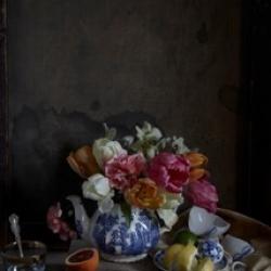Kristin  Sjaarda - Tulips (Blue and White Teapot)