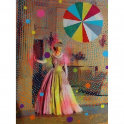 Helene Lacelle - Queen with Beachball 5