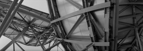 Pritzker Pavilion Struts and Girders by Paul Till