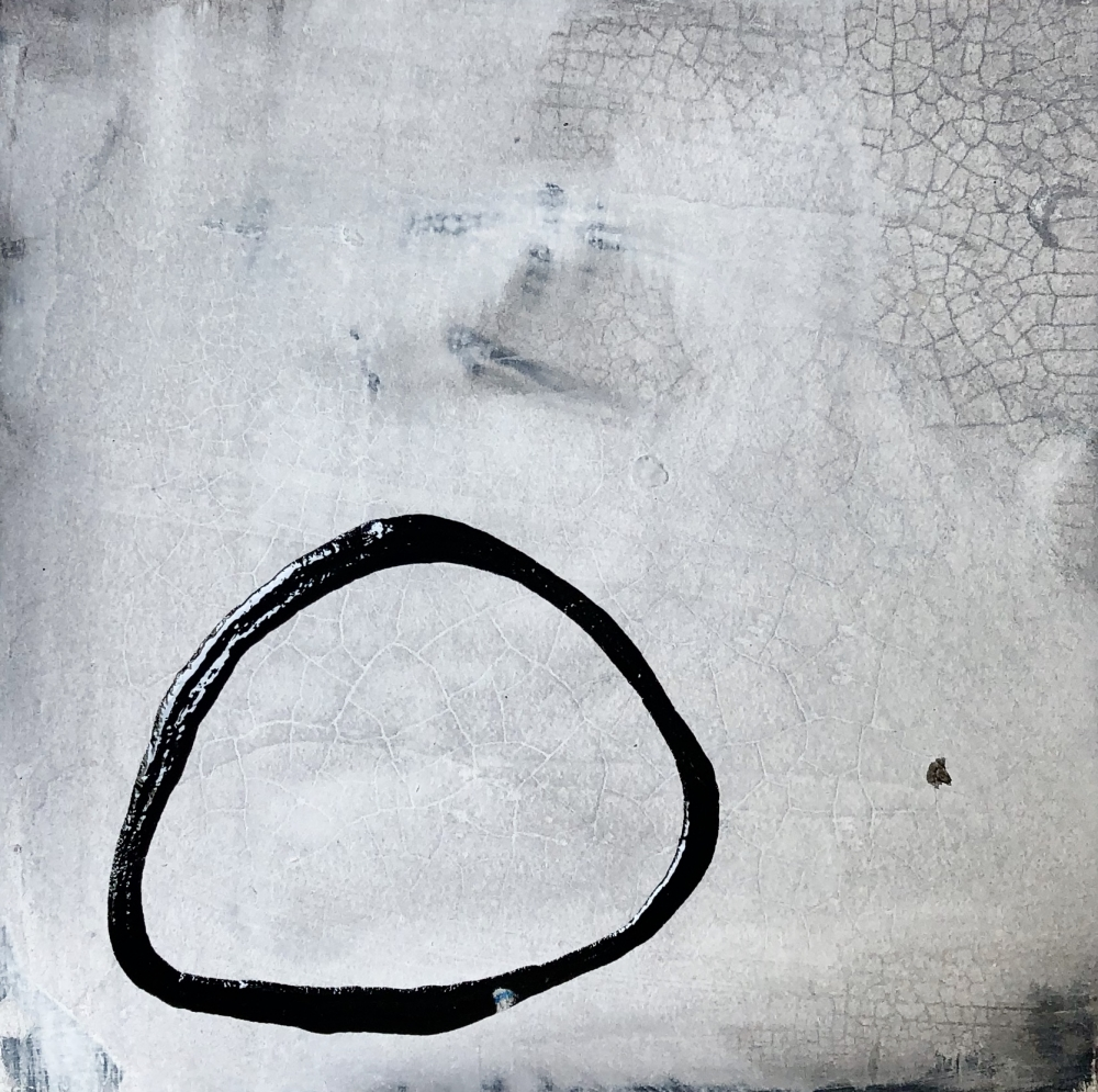 Crackling Ring by Meret  Roy